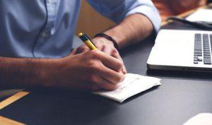 Zum optimalen Zeitmanagement durch Entscheiden, Planen und Reflexion.