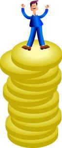 tagesgeldkonto vergleich Gehaltsverhandlung Sieger auf dem Turm von Münzen Freude