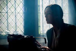 Bewerbung schreiben lassen statt selbst schreiben? Arbeitgeber sind doch nicht blöd!, bewerbung-schreiben-lassen-ghostwriter-300x201