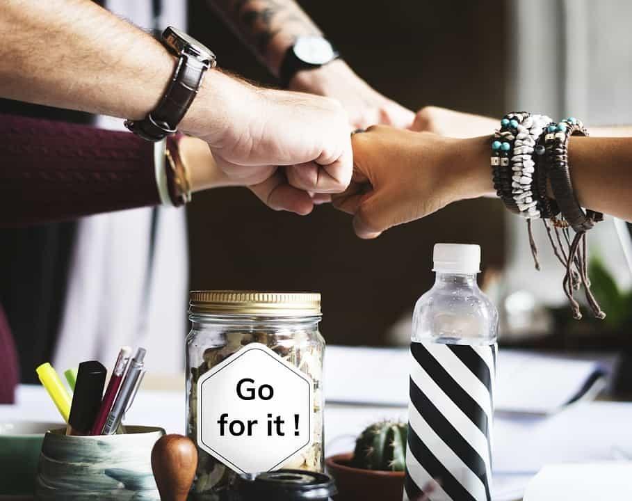 """Los geht's! Auf Sat.1 möchte Carsten Maschmeyer in """"Start Up!"""" ein Unternehmen gründen und sucht den für seinen Plan besten Gründer."""